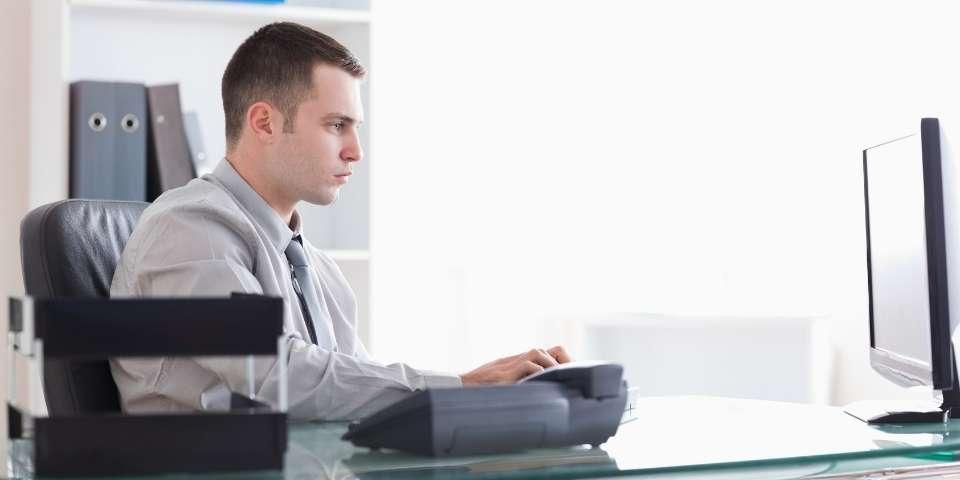 Cómo redactar un correo para enviar un Curriculum Vitae