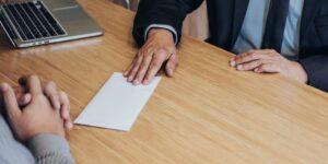 Cómo escribir una carta de autorización