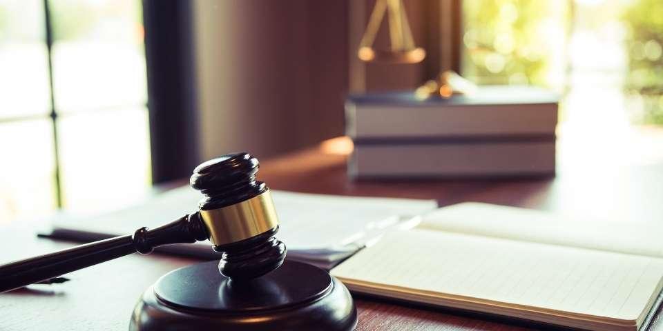 Ejemplo de cómo redactar un derecho de petición