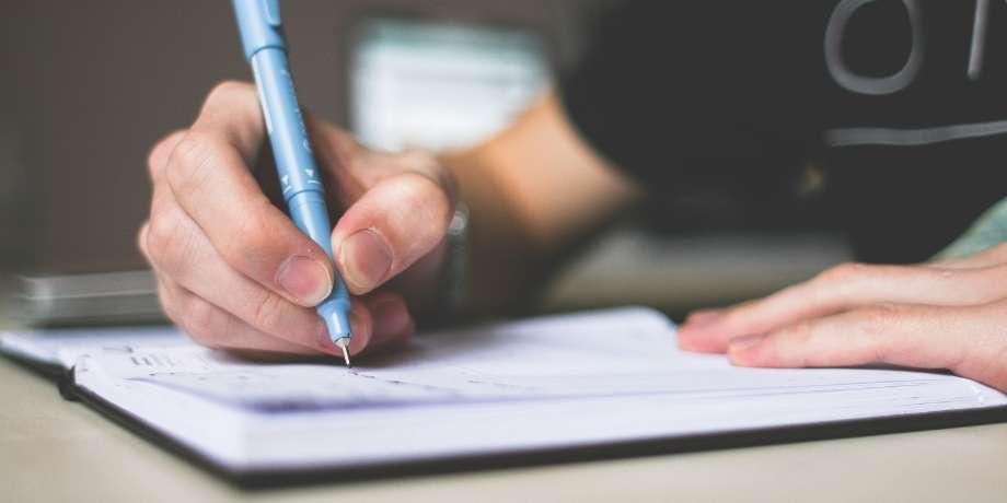 Cómo escribir una crónica