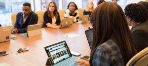 cómo redactar un acta de reunión